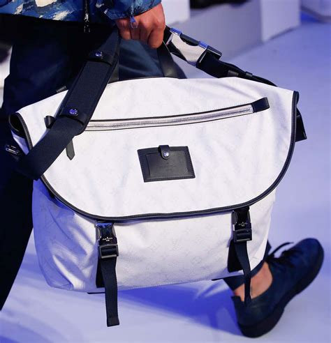 At Louis Vuitton's Spring 2016 Men's Show, the Bucket Bags